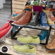 Le plus dur est de choisir la couleur.. #lovecolors #chaussuresfemme
