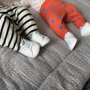 Les incontournables.. les 1ères Stansmiths pour bébé!   #stansmith #stansmithbébé #adidasoriginals #adidas #sneakers #sneakersaddict #sneakersbebe #jumeauxfillegarcon #jumeaux