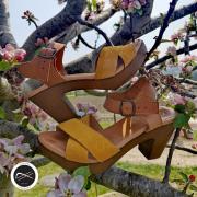 Sandale à talon disponible sur notre site ⬇️  https://soulierscompagnie.com/sandales-et-nu-pieds/1825-12293-c2106.html#/1-matiere_interieure-cuir/4-taille-35/13-matiere_dessus-cuir/14-semelle_interieure-cuir/85-couleur_generique-beige/211-couleur-beige